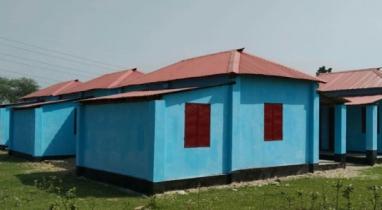 চৌদ্দগ্রামে ১১ পরিবার পেল প্রধানমন্ত্রীর উপহারের ঘর