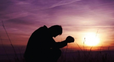 মুমিনের সবচেয়ে বড় গুণ হতাশ না হওয়া